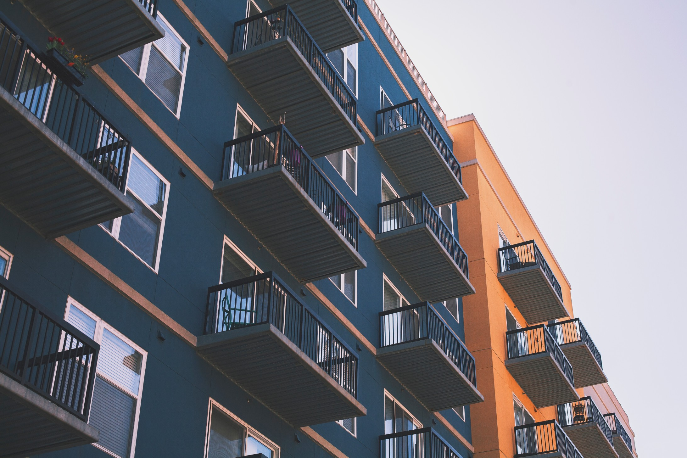 Whether Purchasing As A Buytolet Or For Your Own Home, Leasehold Flats  Are A Popular Choice In Todays Sales Market Due To Longer Working Hours  And Just